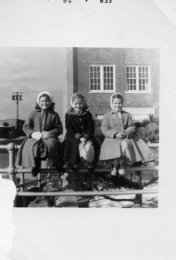 Eileen-Magill-BrennanKathleen Kelly, Sheila & Eileen — with sheila lavin and Sheila Magill Lavin01