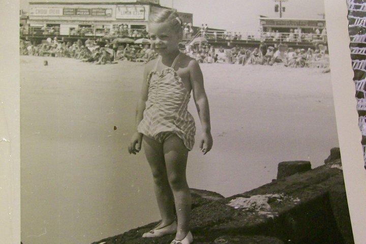 jean-arnow-camanile-beach35thstreet09
