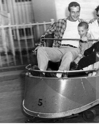 1955 Paul Newman Rides The Whip At Playland