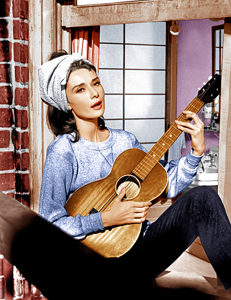 movie-theme-breakfast-at-tiffanys-moon-river_610
